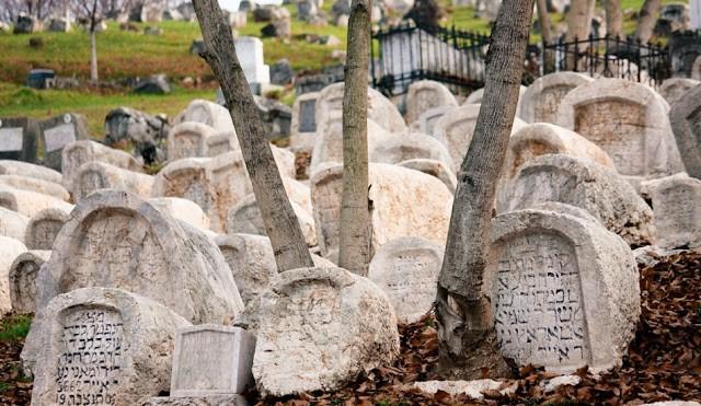 38. Jevrejsko groblje u Sarajevu...