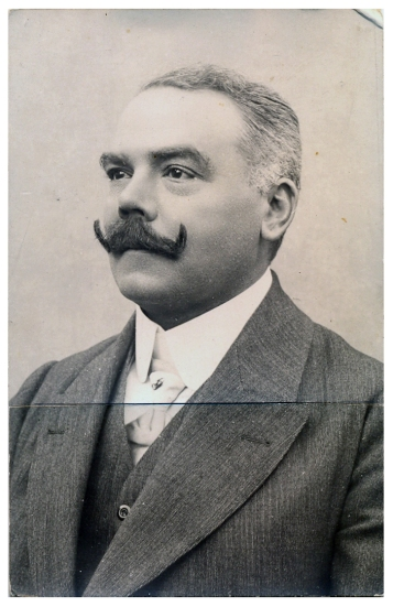 Dr.Alexander Dorner