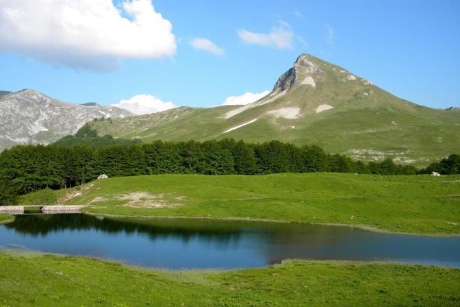 Jugino jezero na Zelengori