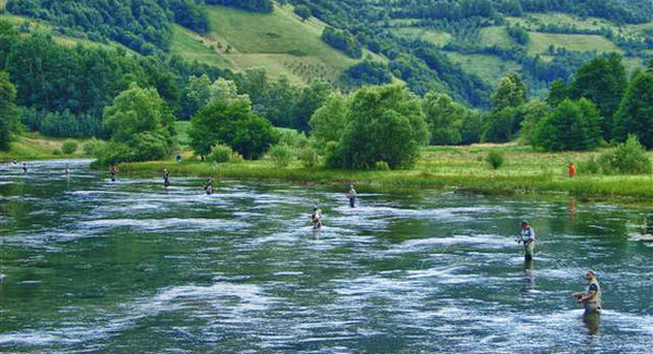 Ribarski raj na izvoru Plive