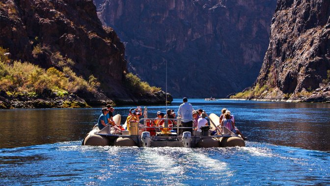 5-Star-Grand-Canyon-Helicopter-Tours-River-Raftering