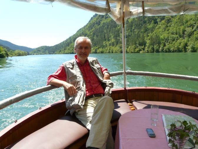 Doživljaj jezera Peručac sa vode